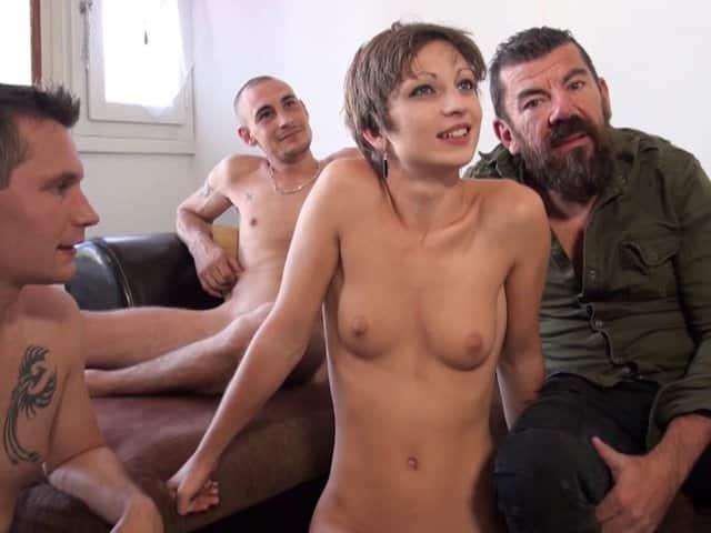 Un mari voulait voir sa femme se faire enculer par nos acteurs